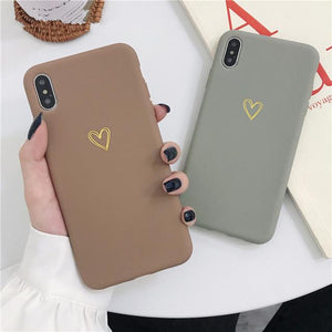 Vintage Electroplate Hollow-Out Heart Phone Case Back Cover for iPhone SE/11 Pro Max/11 Pro/11/XS Max/XR/XS/X/8 Plus/8/7 Plus/7/6s Plus/6s/6 Plus/6 - caseative