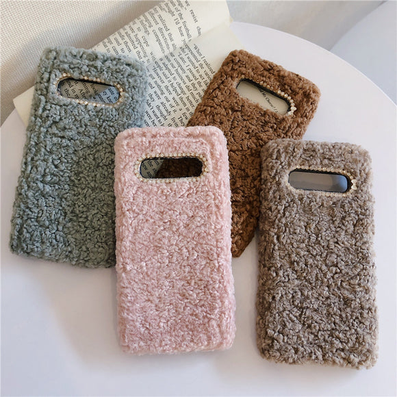 Simple Solid Color Winter Warm Short Wool Plush Soft Phone Case Back Cover for Samsung Galaxy S10E/S10 Plus/S10/S9 Plus/S9/S8 Plus/S8/Note 10 Pro/Note 10/Note 9/Note 8 - caseative