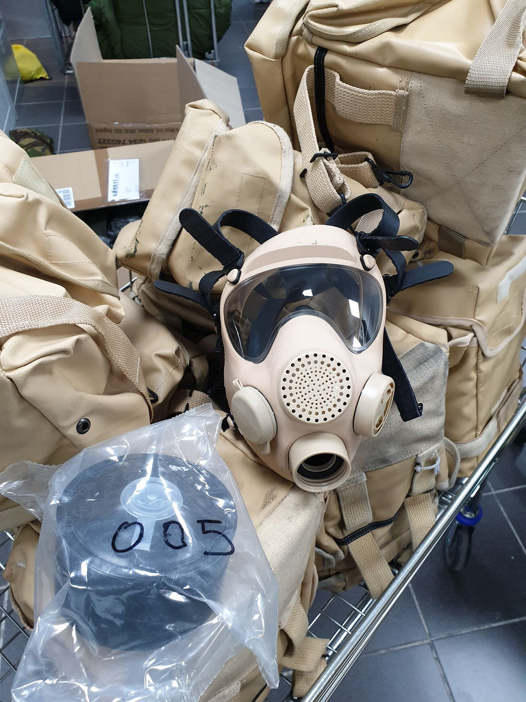 Polish MP5 Gas Mask - Tan (New)