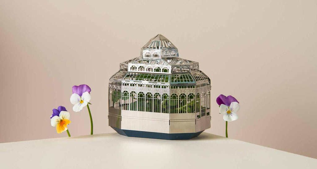 botanical plant house gift