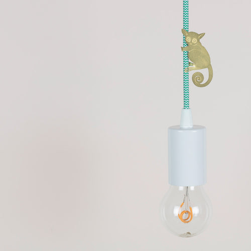 Hanging animal light feature