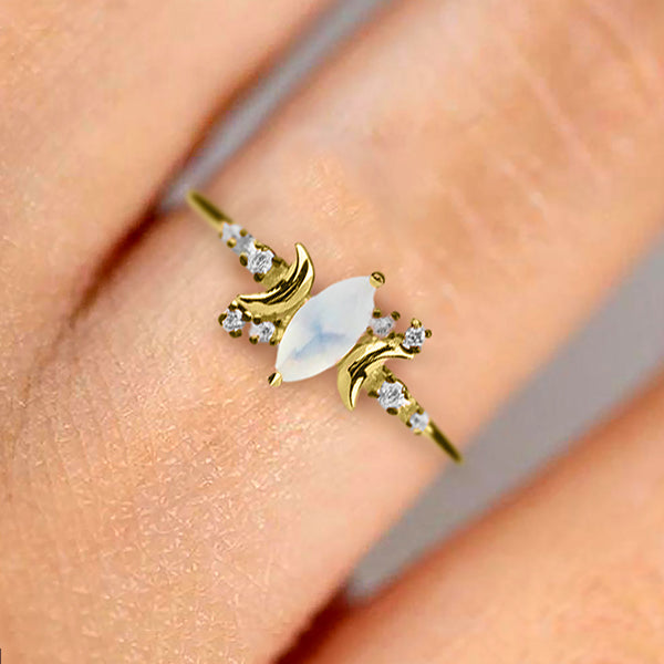 The Heavenly Moonstone Ring