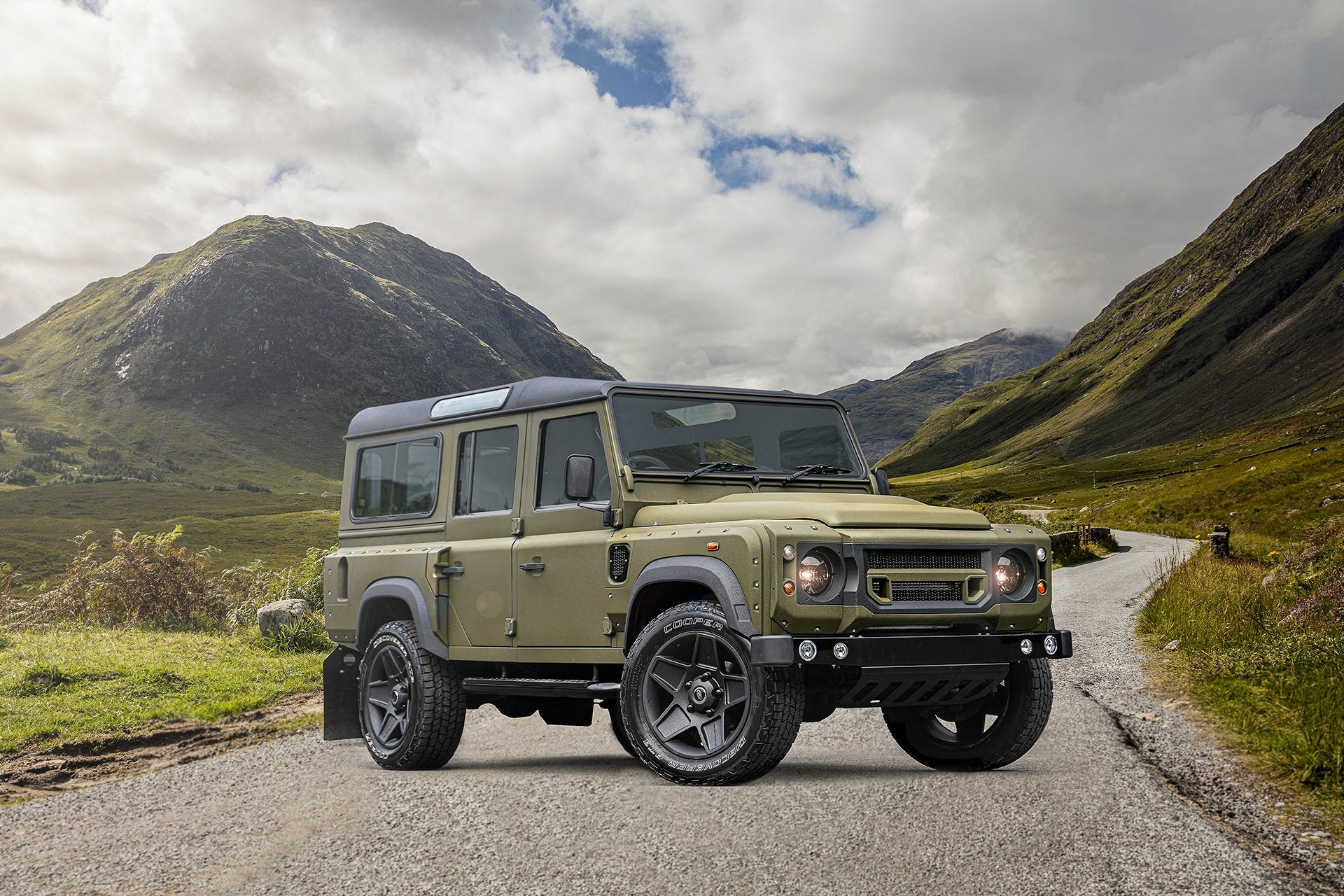 Land Rover Defender 110 (1991-2016) Wide Track Exterior Body Styling Pack Image 4823