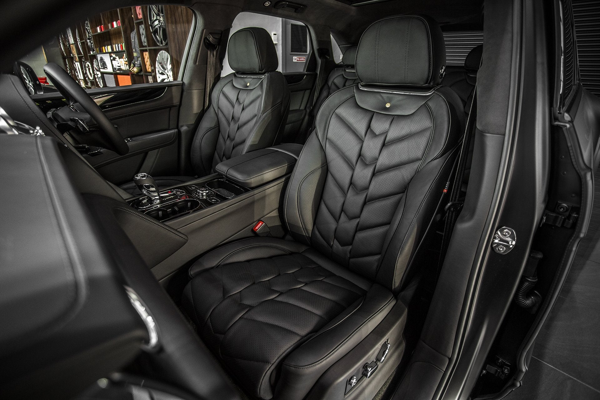 Bentley Bentayga (2016-Present) Leather Interior - 5 Seats by Kahn - Image 1553