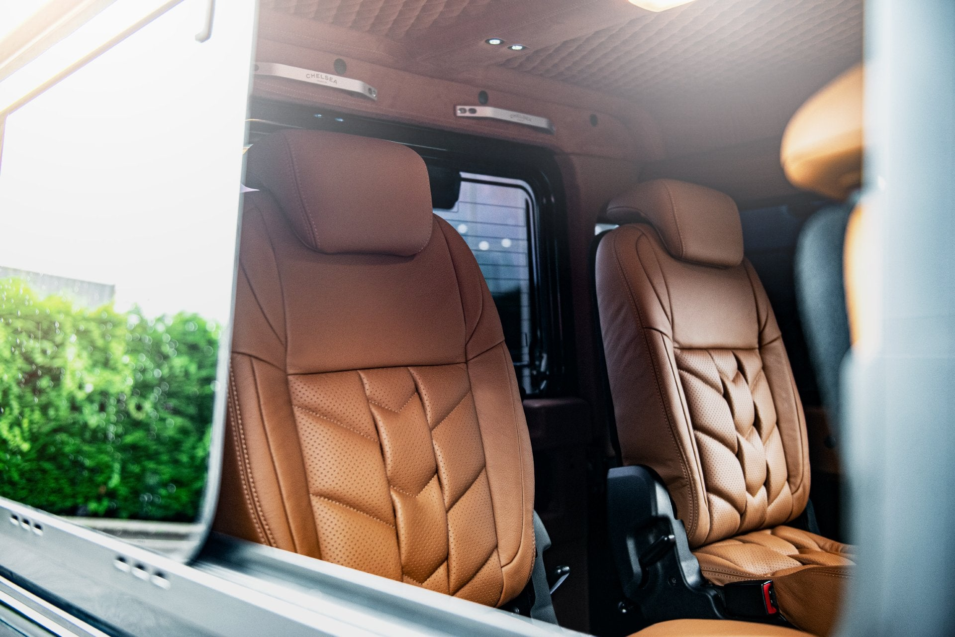 Land Rover Defender 110 (1991-2016) REAR LOCK AND FOLD SEATS