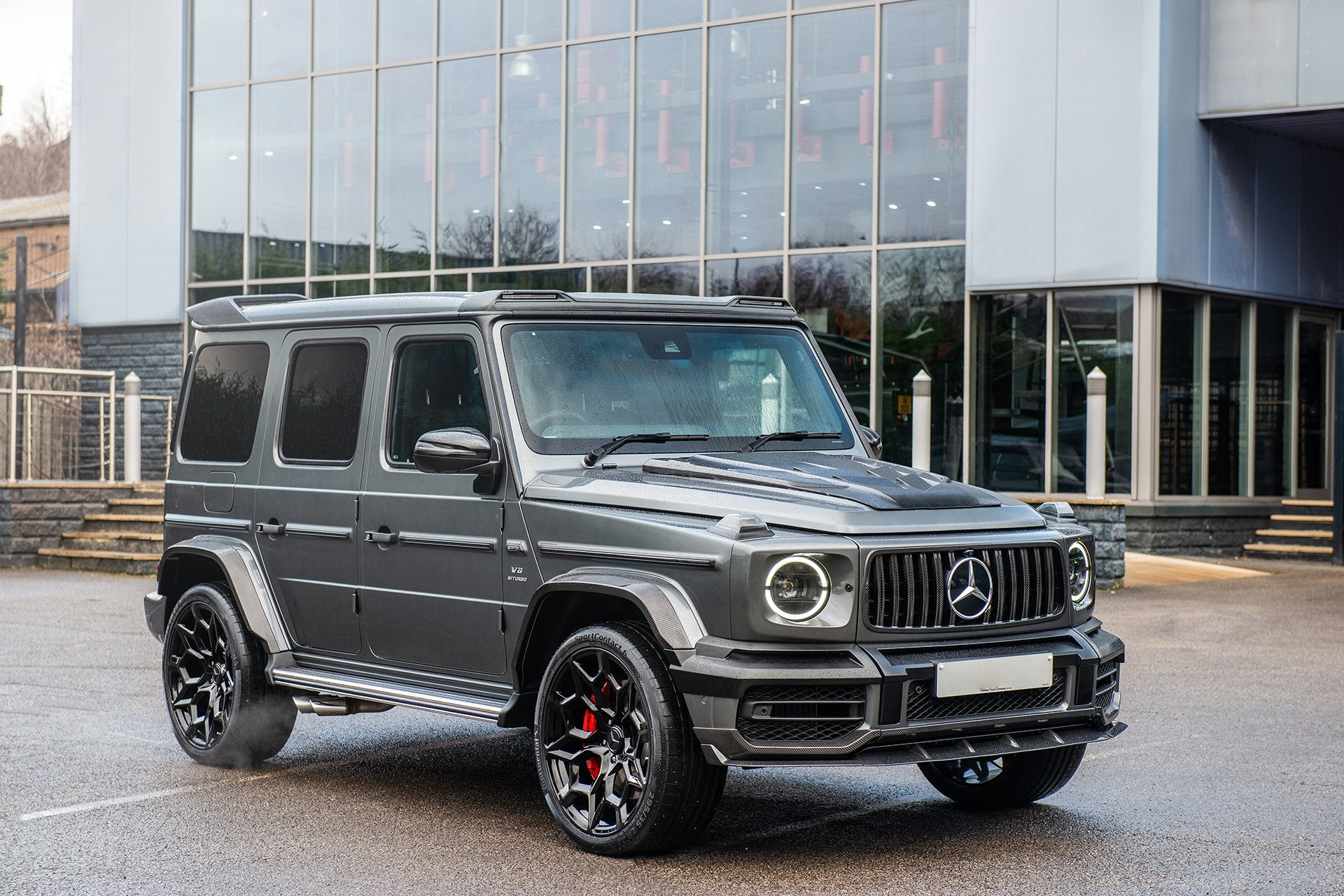 MERCEDES G-WAGON (2018-PRESENT) EXPOSED CARBON FRONT BUMPER