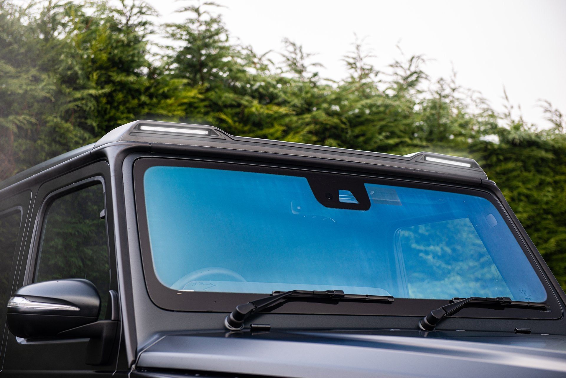 MERCEDES G-WAGON (2018-Present) Front Roof Shield with LED Lights