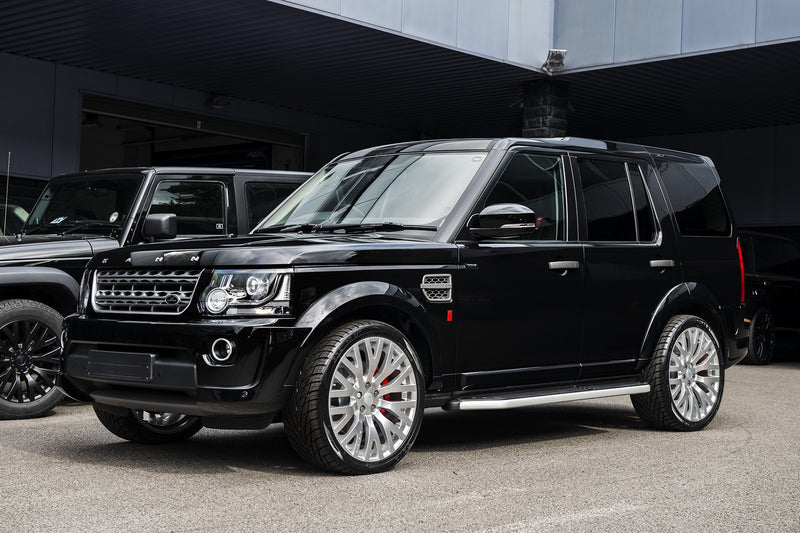 Land Rover Discovery (2014-2016) Exterior Styling Pack by Kahn - Image 1593