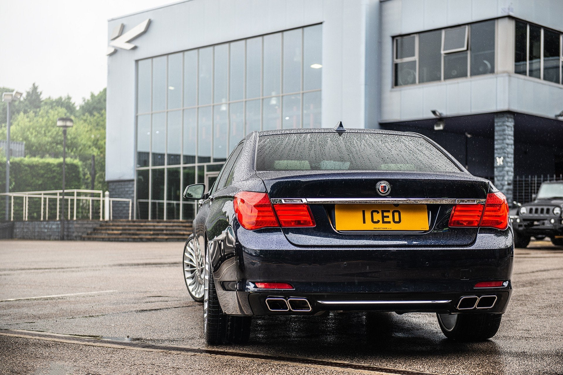 BMW 7 SERIES (2008-2015) M-SPORT REAR BUMPER DIFFUSER WITH EXHAUST TIPS - Project Kahn