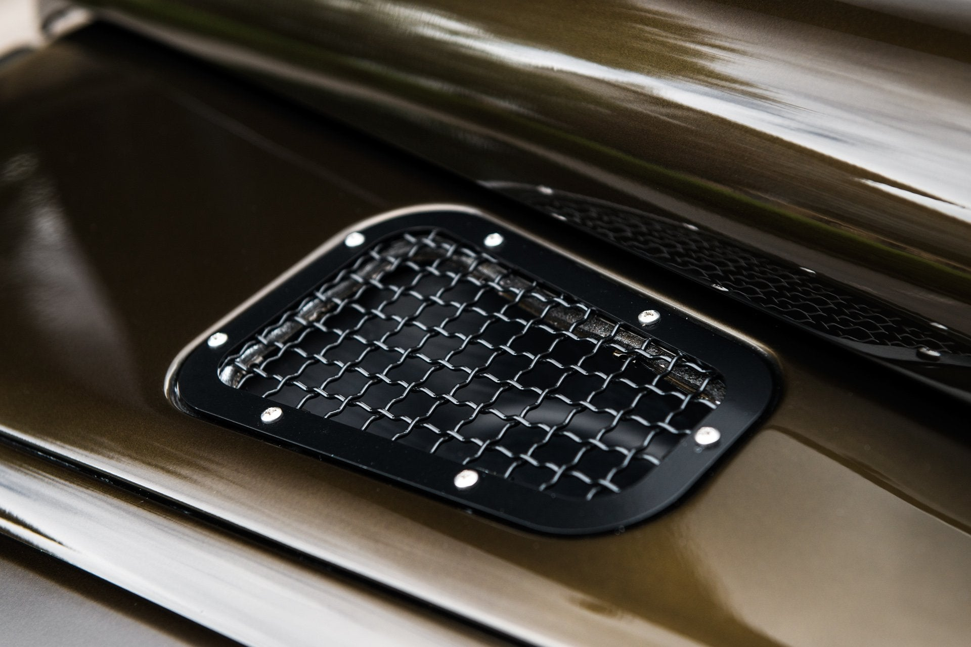 Land Rover Defender 110 (1991-2016) Bonnet Vents With Stainless Steel Mesh (Pair) by Chelsea Truck Company - Image 2415