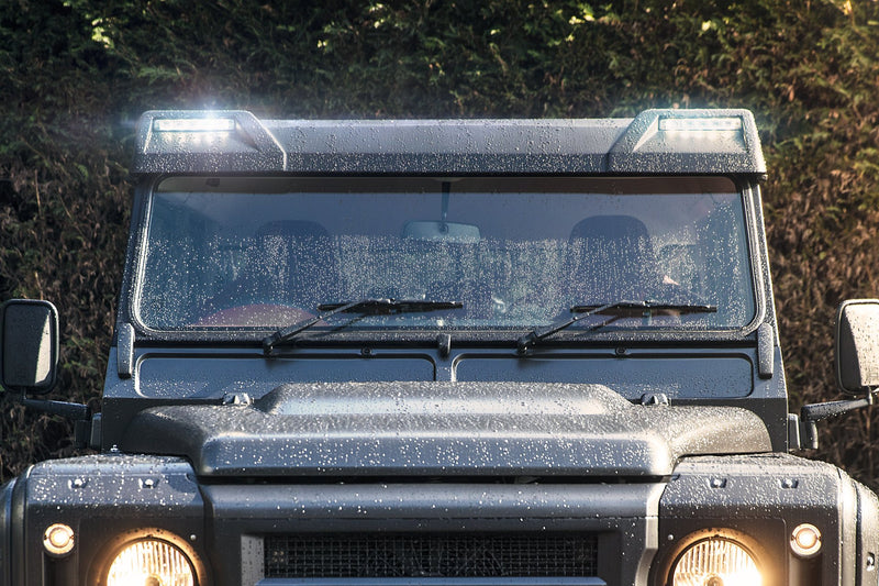 Land Rover Defender 90 (1991-2016) Front Roof Shield With Integrated Led Lights Image 5273