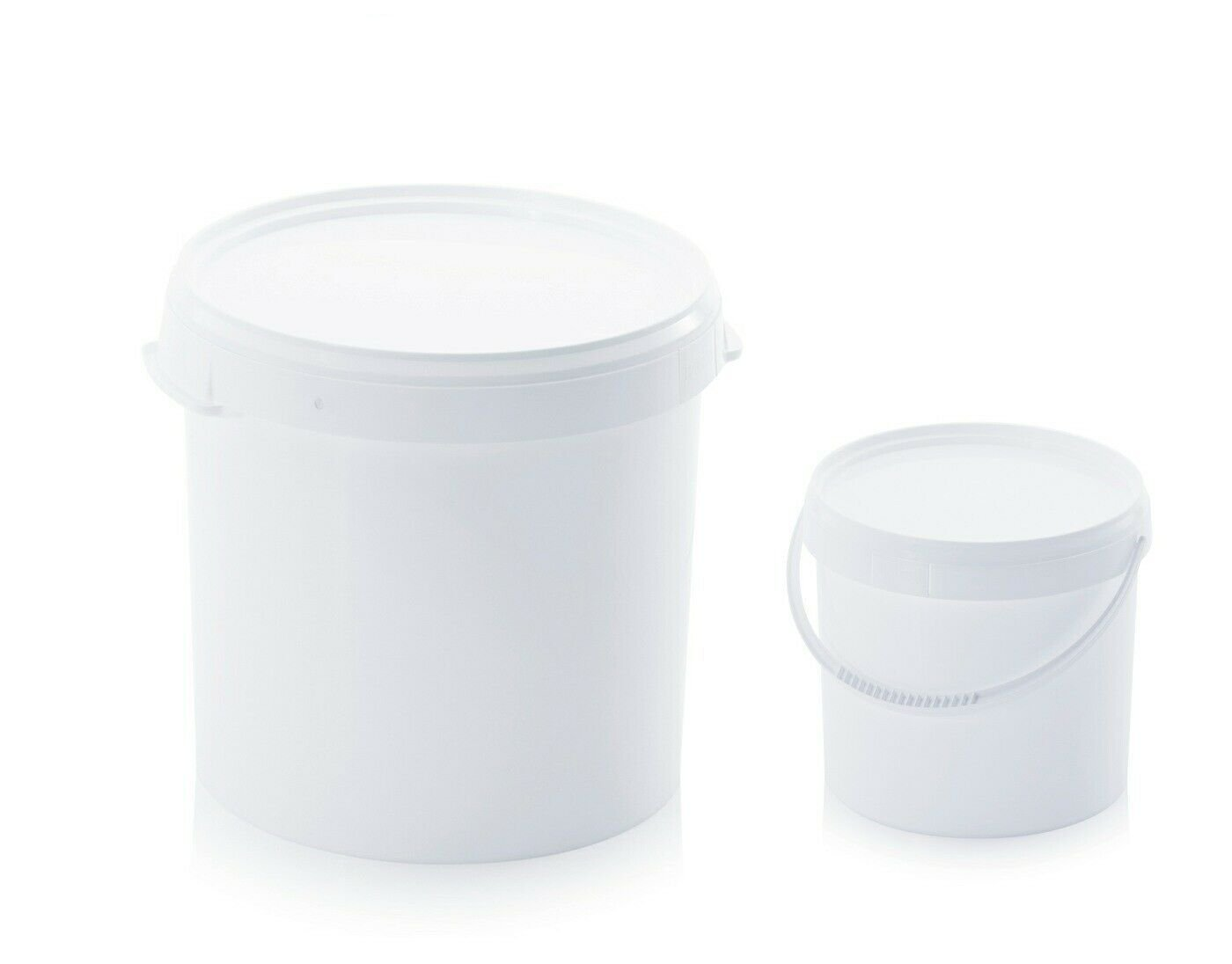 White Air tight buckets
