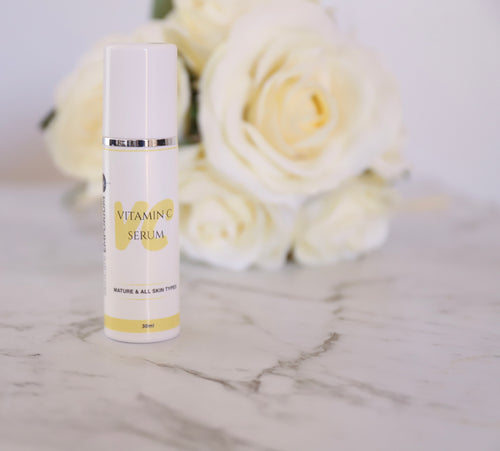 Serum, vitamin c, dry skin, mature skin types, use morning and night followed by your favourite moisturiser