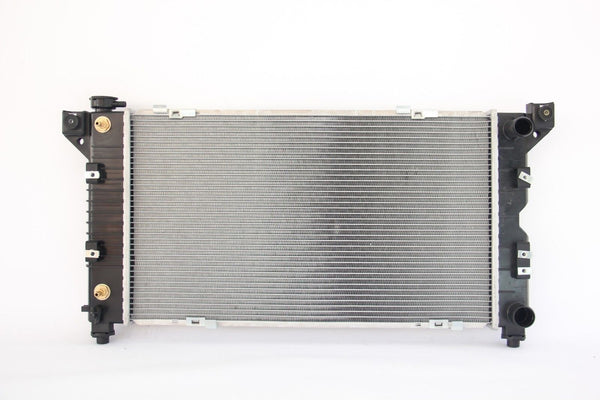 RADIATOR fits CHRYSLER VOYAGER GS 3.3 V6 1997-2001 single oil cooler