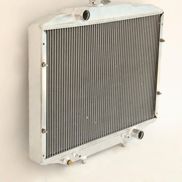 Mitsubishi Express L300/L400/Delica/Starwagon '94-'05 Radiator SJ AT/MT