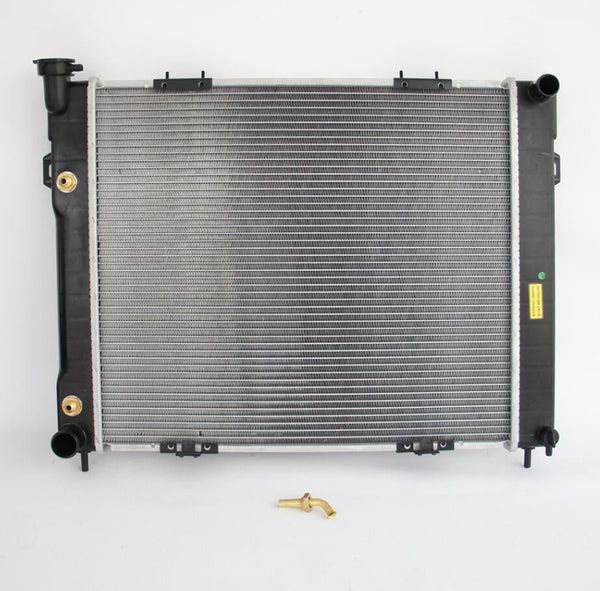 RADIATOR FITS Jeep Grand Cherokee Zg 4.0 6Cyl Bottom 90 Degree Oil Fitting 96-99