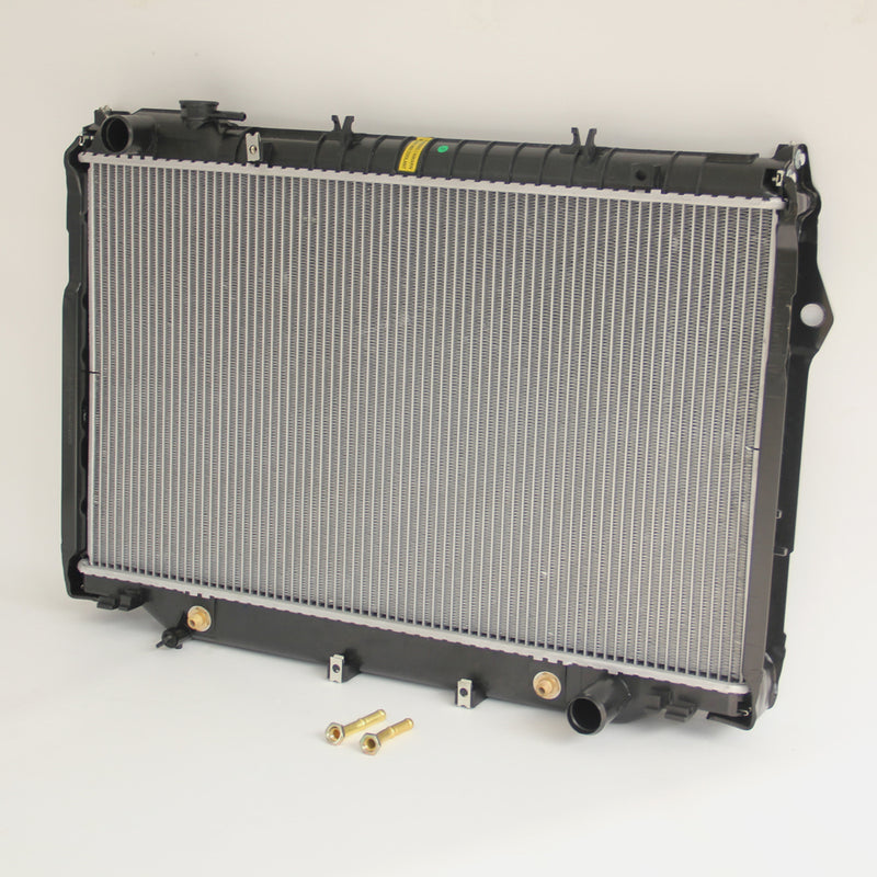 RADIATOR FOR TOYOTA LANDCRUISER 80 SERIES HZJ80/HDJ80 4.2 Diesel 1990-1998 36mm