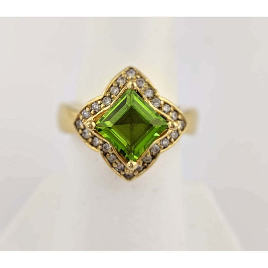 14kyg Peridot and Diamond Ring