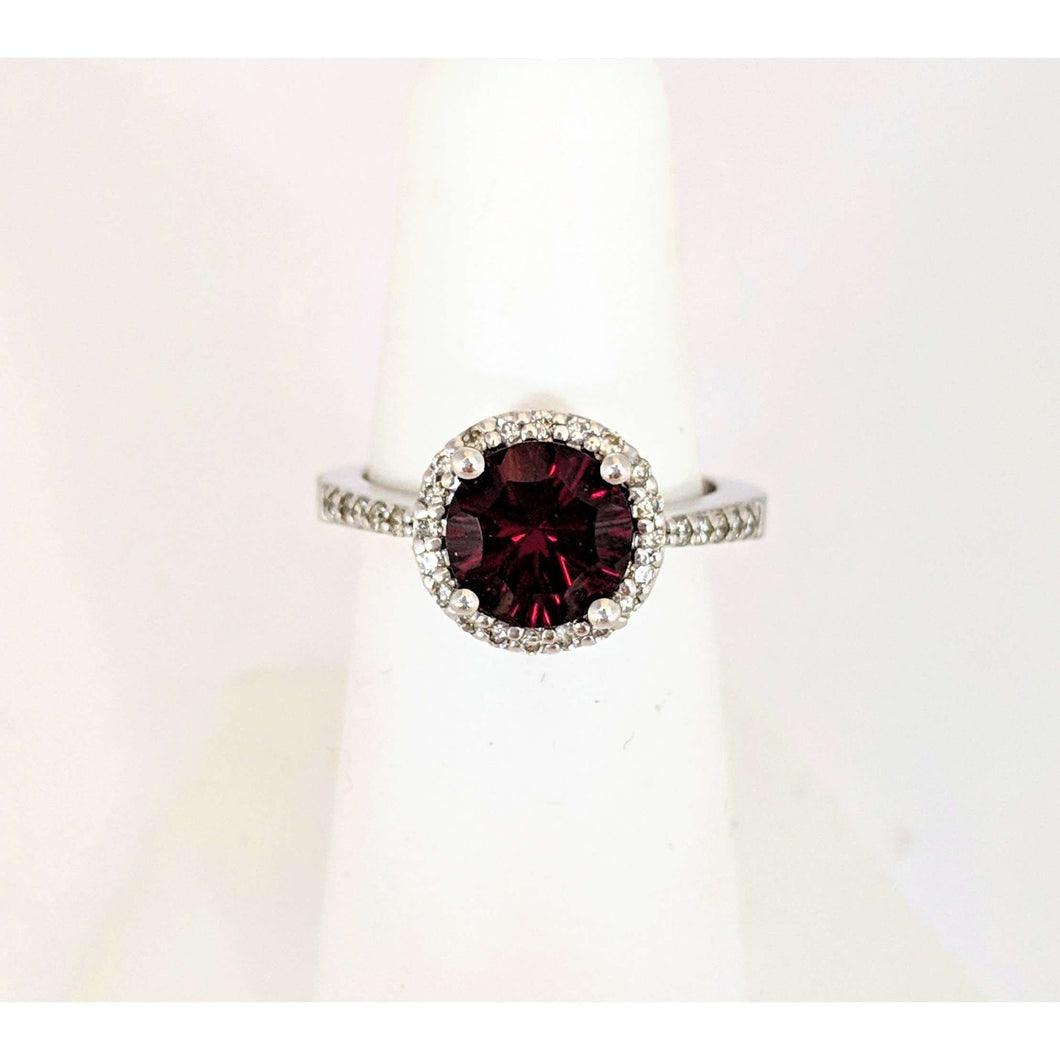 14kwg Garnet and Diamond Ring
