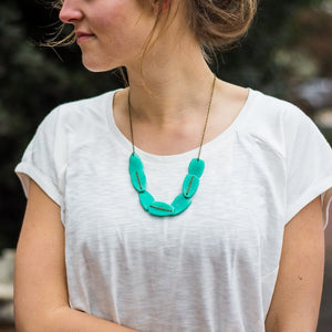 Scattered Pebble Necklace
