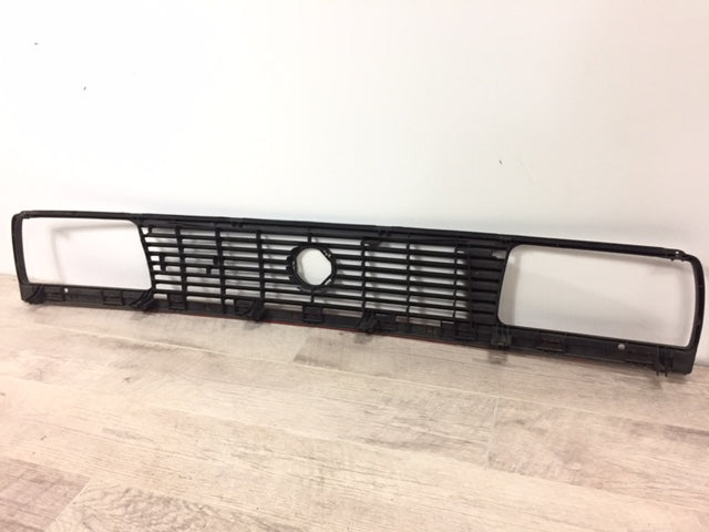 OEM Mk2 Jetta Early 7-Slat Grill