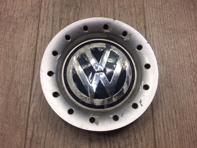 OEM Mk4 Jetta Center Caps