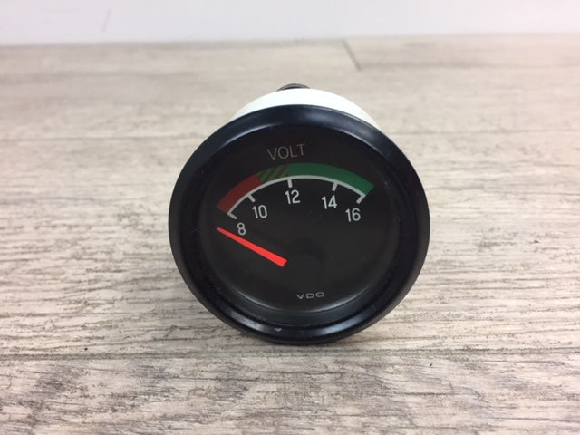 NOS VDO Volts Analog Gauge