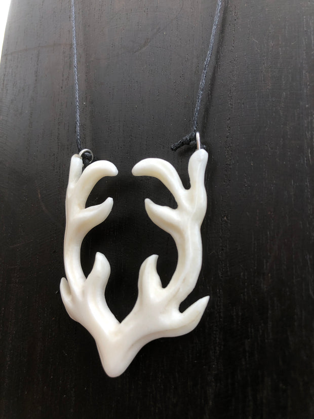 Antlers Necklace - Bone