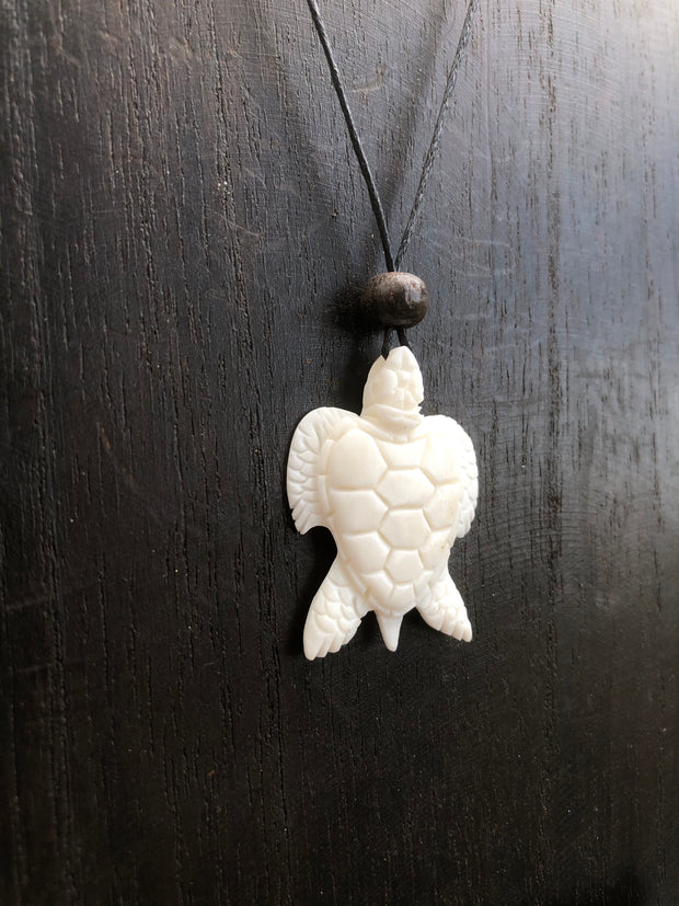 Single Turtle Necklace - Bone