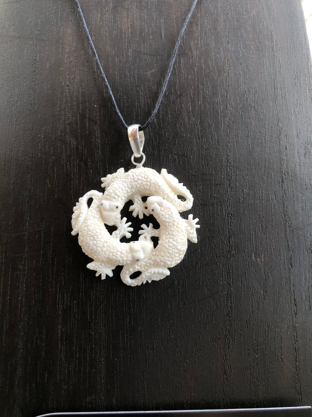 Lizard Trio Necklace - Bone