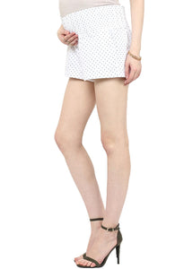 elegant white maternity shorts with black polka dots_4