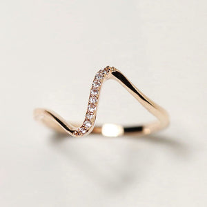 Aria Wave Of Stone Ring