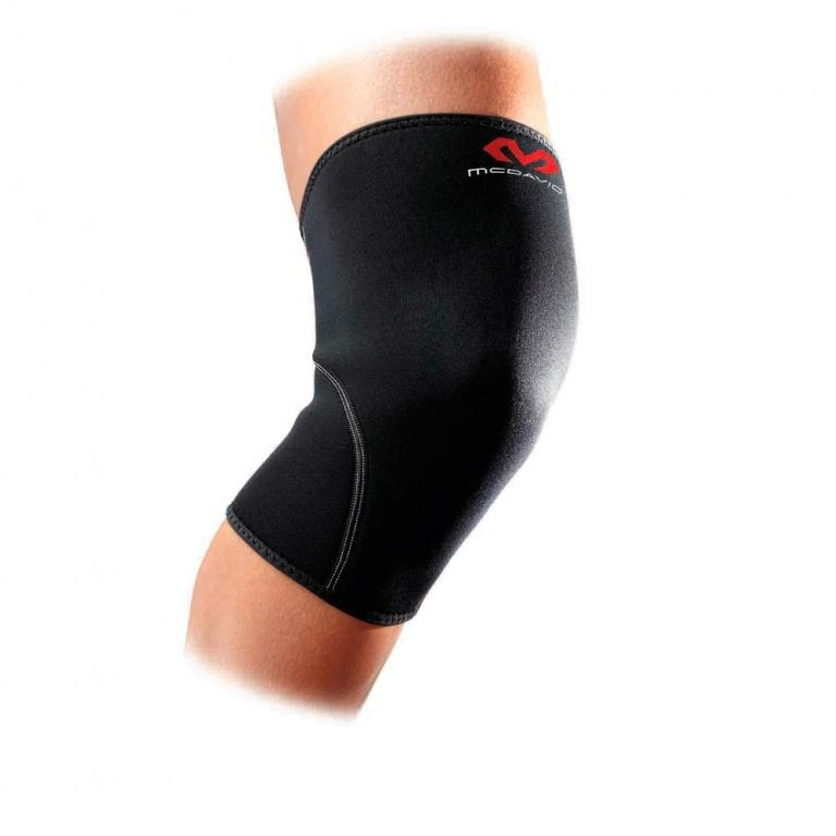 McDavid 401 neoprene knee sleeve