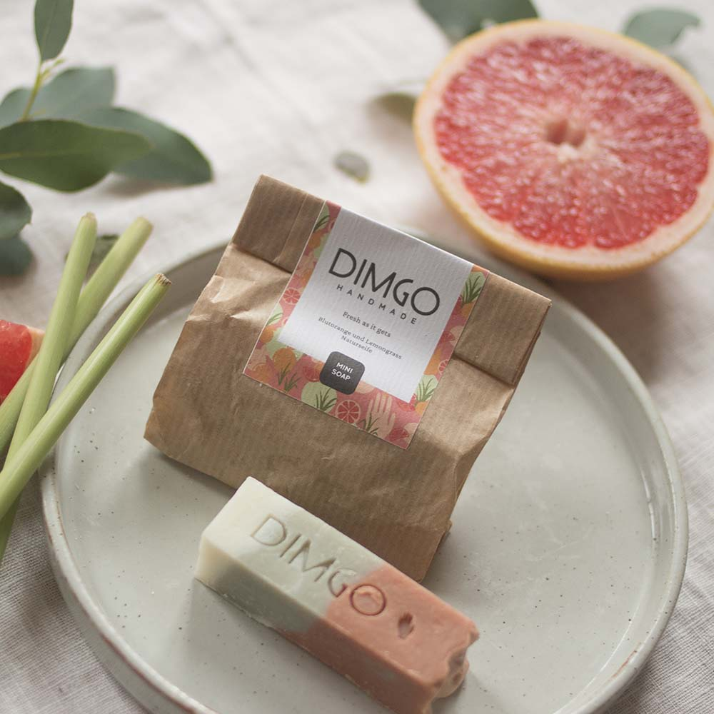 Dimgo Handmade Vegane Naturseife Fresh as it gets Blutorange Lemongrass Mini 30g Naturkosmetik nordery