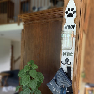 Leash & Treat Wall Mounted Hanger / Sign