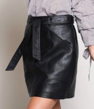 2 Pocket Vegan Leather Mini Skirt