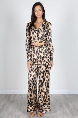 2 PC Leopard Silky Set