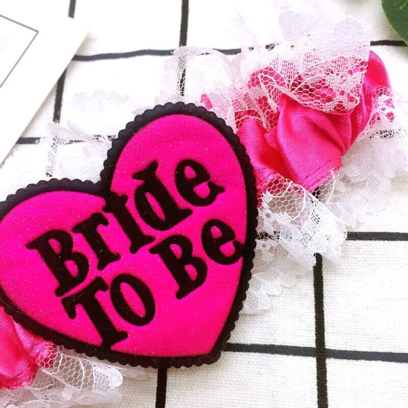 Lace Bride to Be Garter