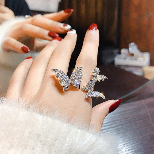 Luxury Crystal Rings for Women Open Adjustable Shine Butterfly Rings Weddings Party Jewelry Gifts