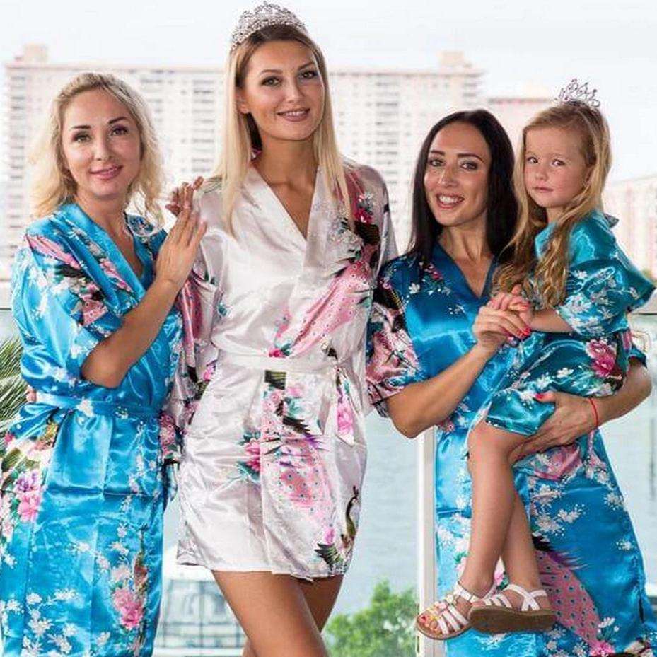 Turquoise Bridesmaid Floral Peacocks Kimono Robes - Bridesmaid's World