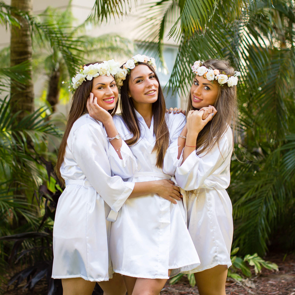 White satin bridesmaid robes - Bridesmaid's World