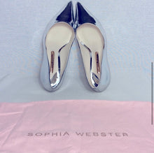 Load image into Gallery viewer, Sophia Webster Metallic Pump