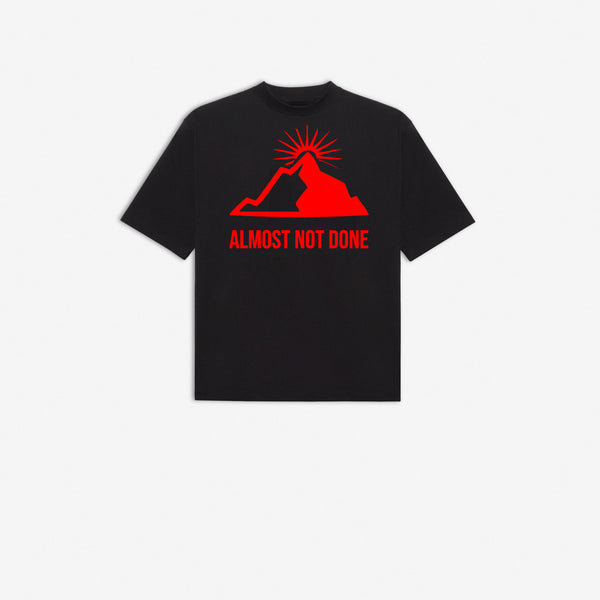 Limited Edition - Mountain T-shirt Black & Red
