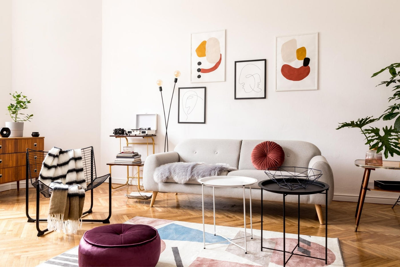 Featured blog image, The 7 Best Home Décor Style Tips for Small Living Spaces, Estilo Living Blog