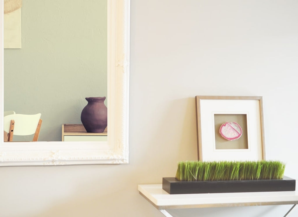 Use Mirrors to make a small room larger, The 7 Best Home Décor Style Tips for Small Living Spaces, Estilo Living Blog