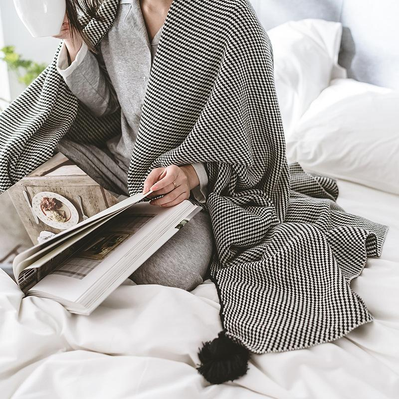 The New York Knit Throw Blanket-Manchester-throw blankets on sale-Estilo Living