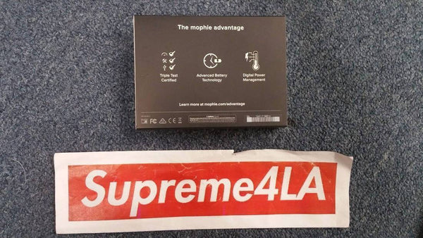 Supreme 17F/W Mophie Encore plus 10k Battery Power Bank