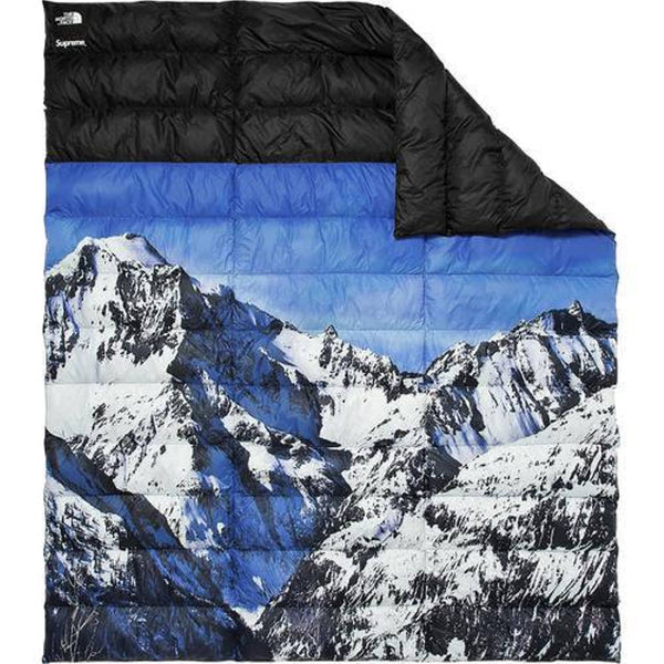 Supreme 17F/W The North Face Mountain Nupste Blanket