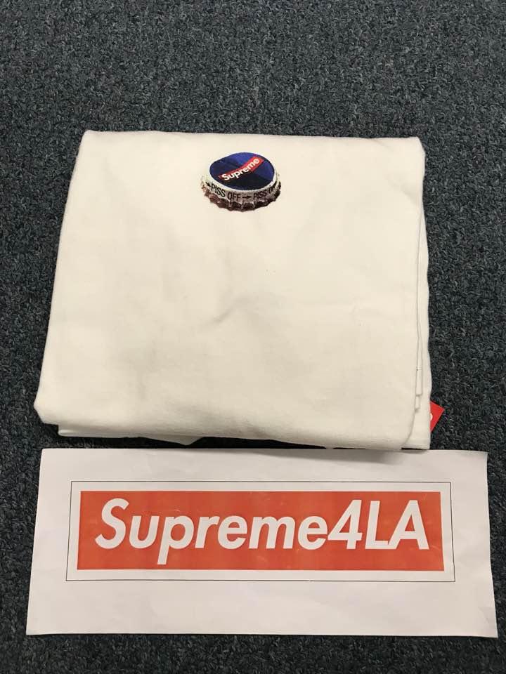Supreme 18F/W Bottle Cap Tee White