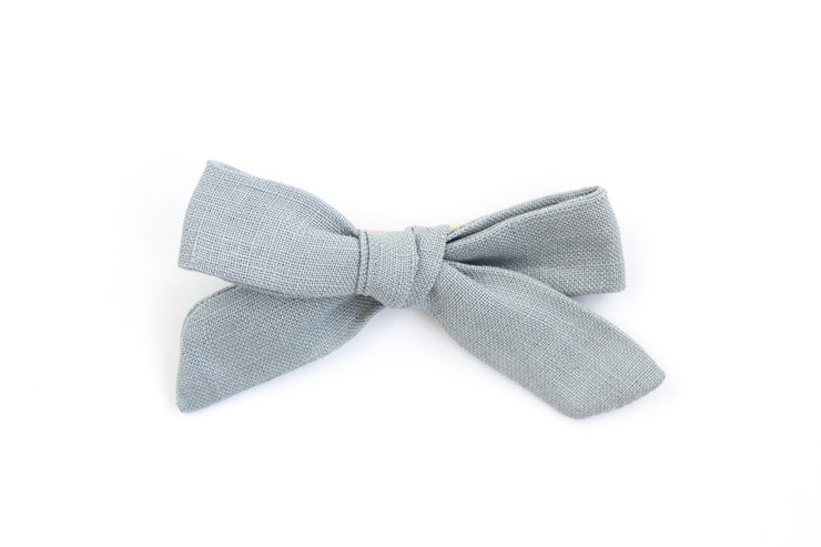 DUSTY BLUE LINEN | MINI Bows for babies, toddlers & kids | Kids Clothing and Accessories | La-Bel